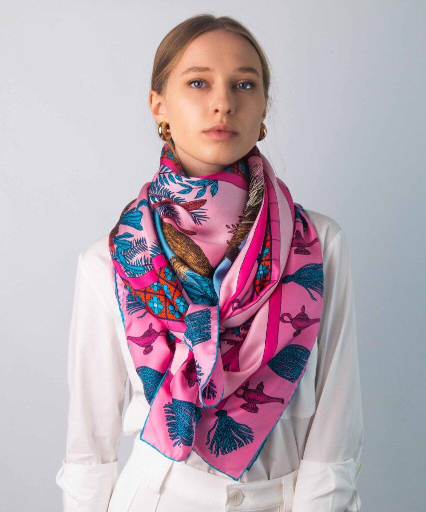 when to wear a silk scarf UK